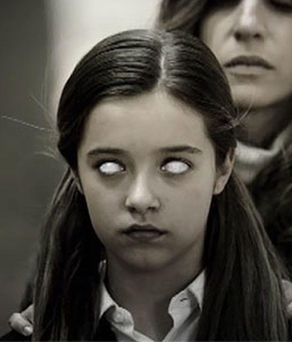 Ojos blancos de Alicia