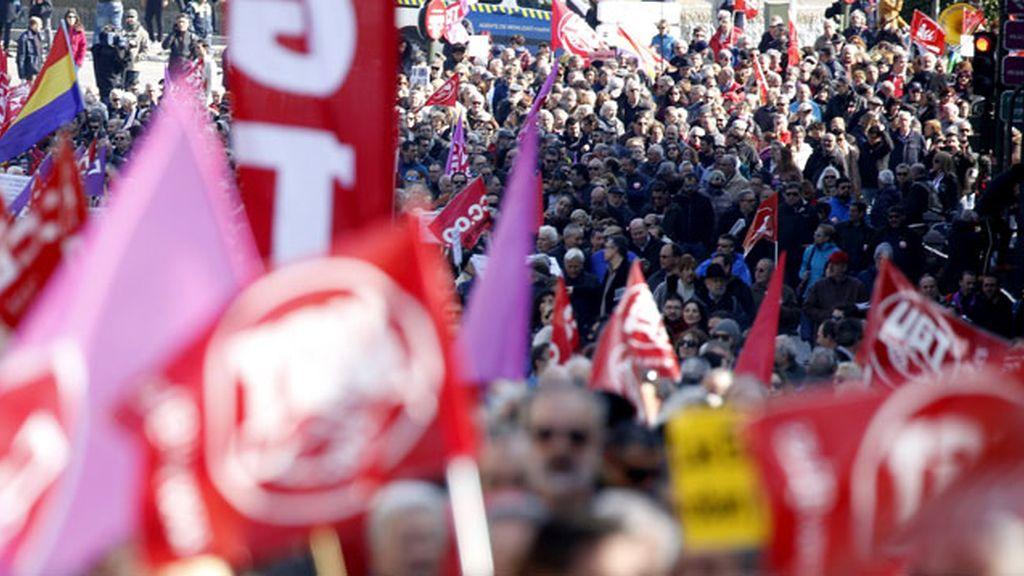 Movilizaciones en cuarenta ciudades por el empleo y los salarios dignos