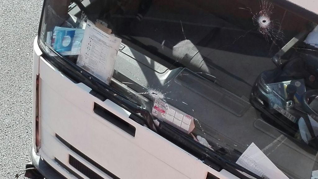 Detenido por el robo de un camión con bombonas de butano y conducir en sentido contrario