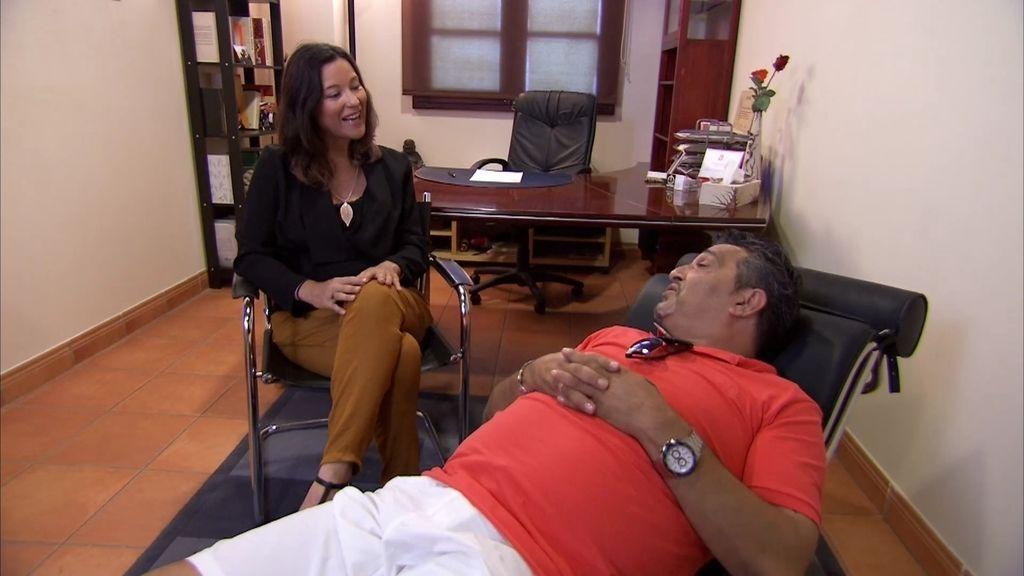 """Joaquín acude por primera vez al psicólogo y su familia alucina: """"¿Es que estás loco?"""""""