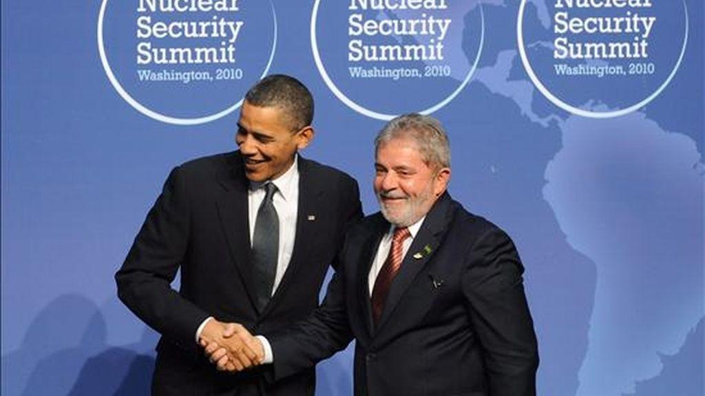 Lula iguala a Obama en popularidad y ambos encabezan la evaluación de líderes con una nota de 6,3 (en una escala del 1 al 10) manteniendo las posiciones del año anterior, que también los situaban en la cabeza de la lista con notas de 7 y 6,4 respectivamente. EFE/Archivo
