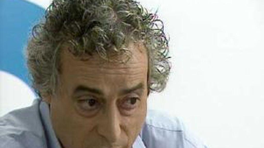 Ildefonso Falcones ha charlado con los lectores de Informativos Telecinco. Vídeo: Informativos Telecinco