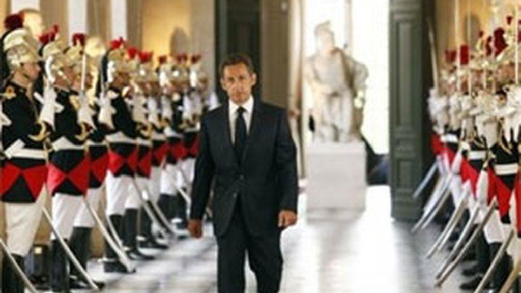 Sarkozy se dirige a las dos Cámaras por primera vez desde 1848. Vídeo: ATLAS