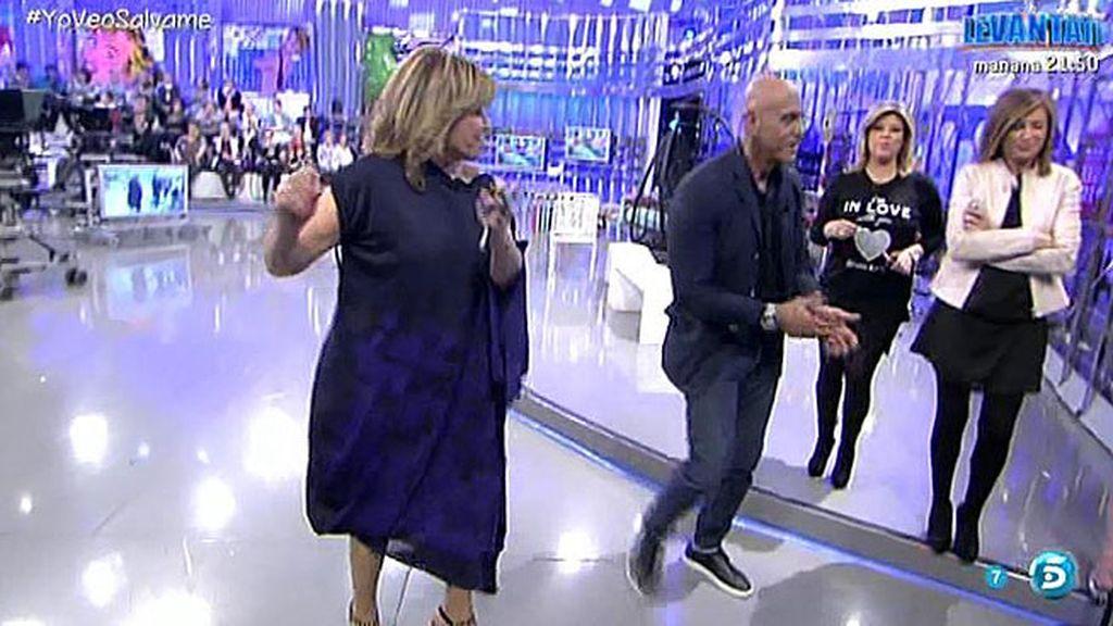 Mila y Matamoros bailan en plató