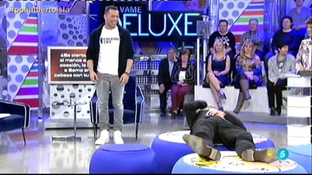 Alberto recrea con Kiko Hernández cómo golpeó a Sema con sus partes en la cabeza
