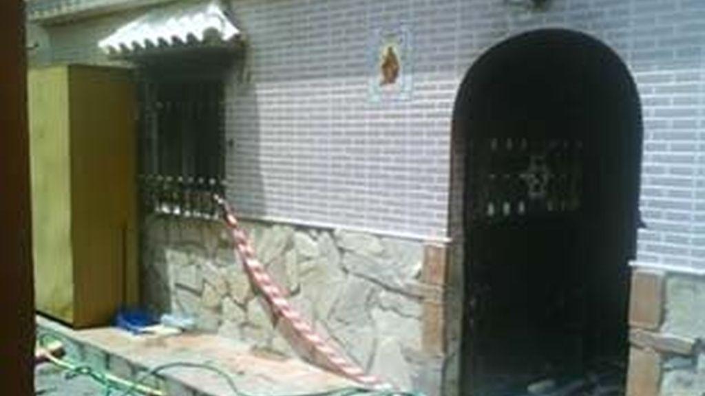 También hay 10 personas, vecinas del edificio, afectadas por la inhalación de humo. Video: Informativos Telecinco.