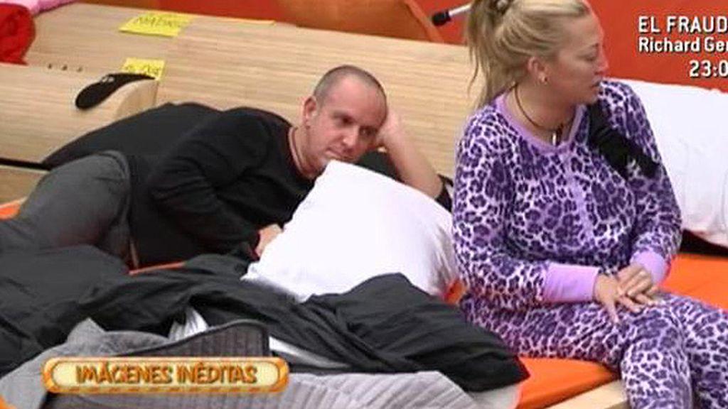 Víctor y Belén elucubran sobre los motivos de Kiko Rivera para abandonar 'GH'