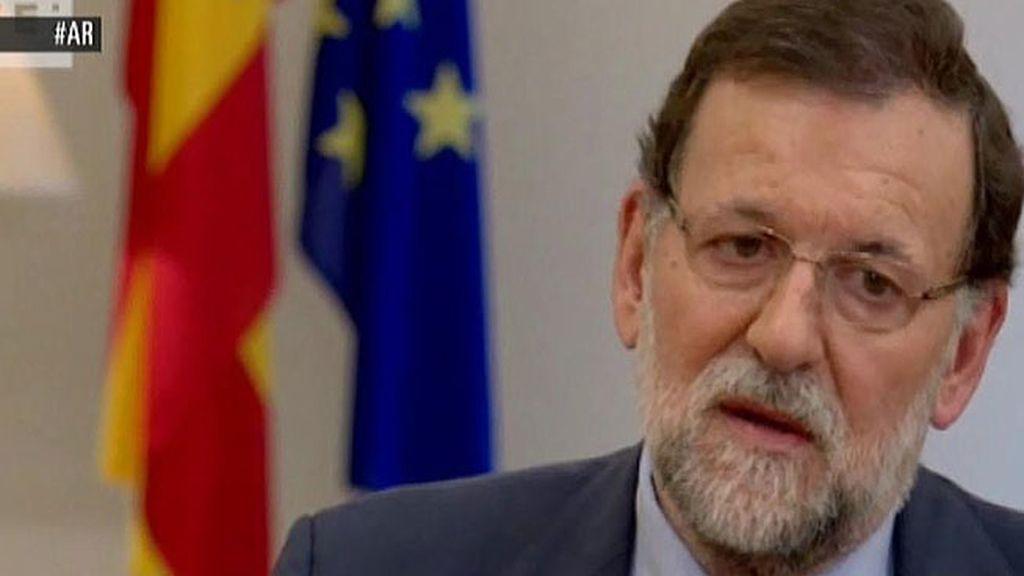 """Mariano Rajoy: """"Me gustaría que el PSOE tuviera personalidad"""""""