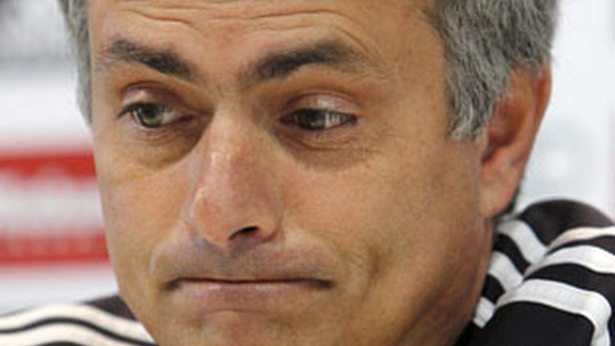 Mourinho durante la rueda de prensa. Foto: EFE