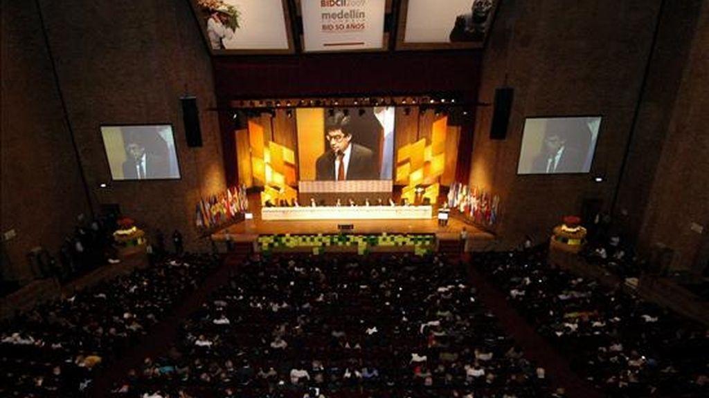 El estudio presentado en el marco de la Asamblea anual del BID que se celebra en la ciudad colombiana de Medellín ofrece detalles de la cartera de préstamos del banco, así como de su situación financiera. EFE