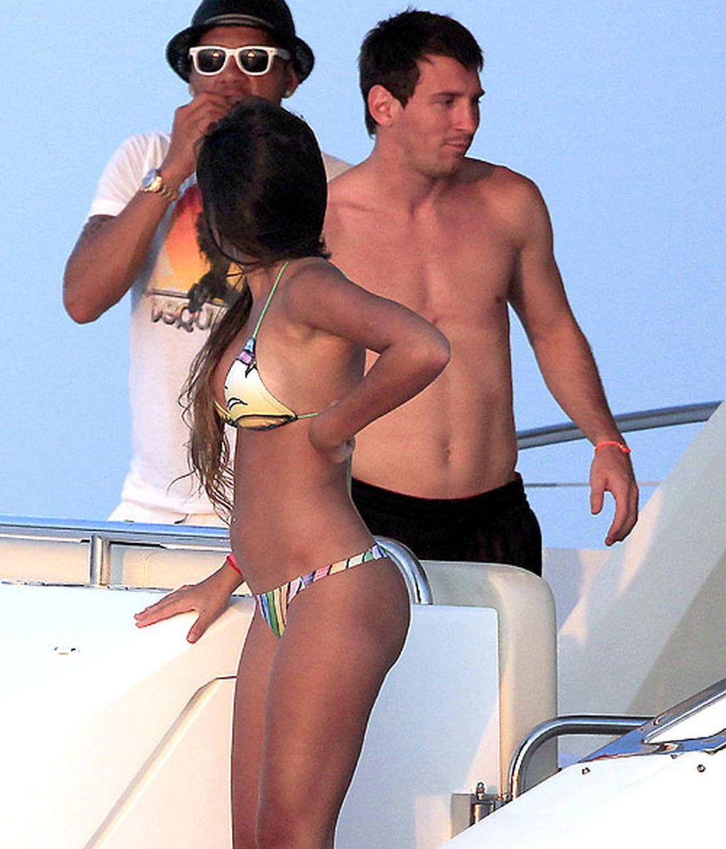 Messi y Alves en Ibiza