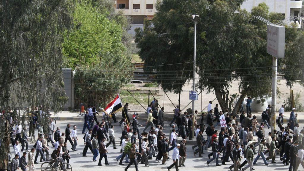 Se manifiestan en Siria en protesta