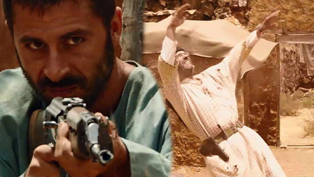 El capitán Sánchez dispara a Rashid