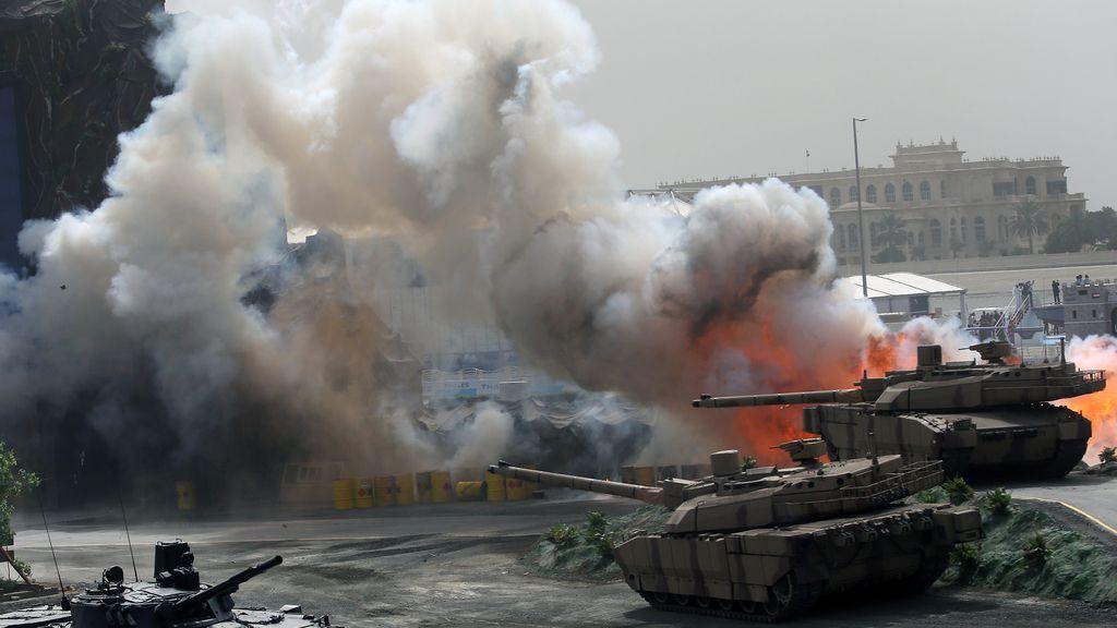 Espectáculo militar en EAU