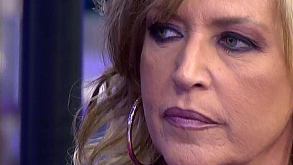 """Lydia Lozano: """"Para hablar de mi ropa tienes que echarle mucha lejía a la tuya, Portero"""""""