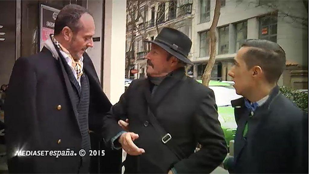 Amador intenta dar esquinazo a los estilistas