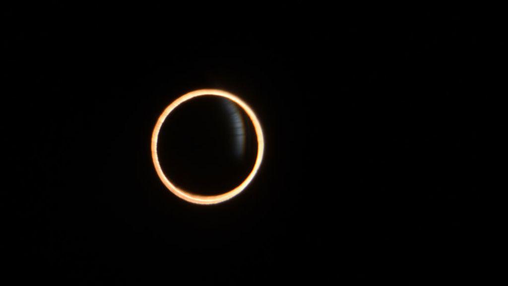 Impresionante eclipse anular de Sol desde el hemisferio sur