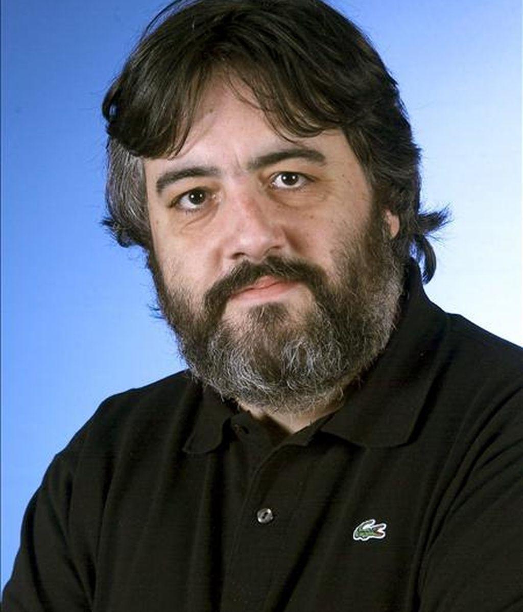 Foto de archivo (sin fecha) facilitada por Gestión Musical Lueno del pianista Diego Fernández Magdaleno, que ha obtenido el Premio Nacional de Música 2010 en la modalidad de Interpretación, que concede el Ministerio de Cultura y que está dotado con 30.000. EFE