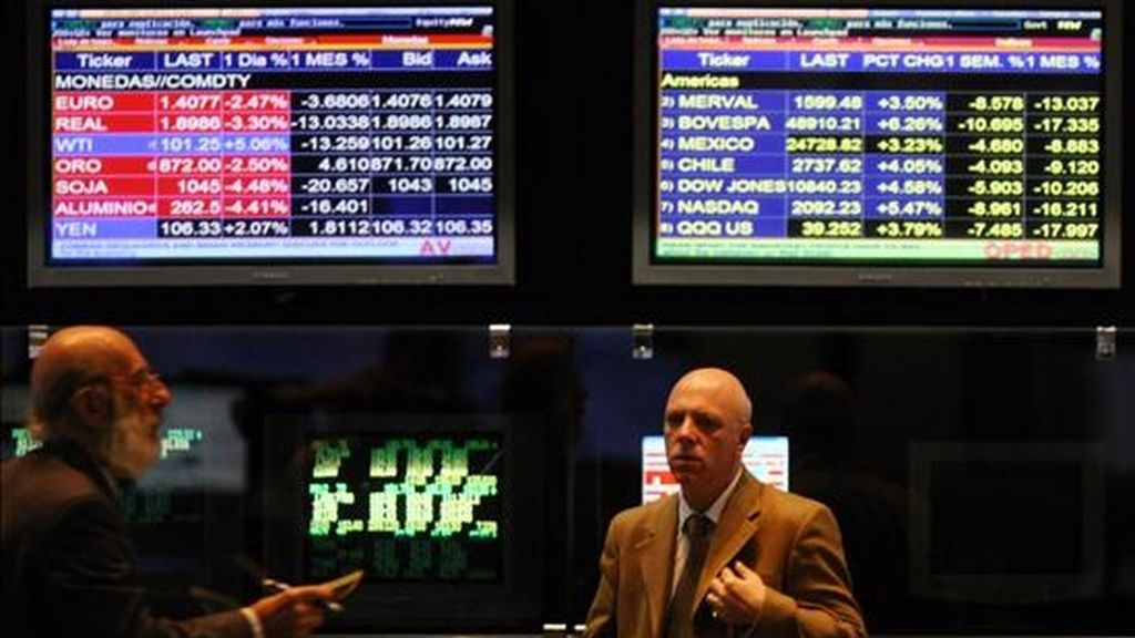 El Índice General de la Bolsa se ubicó en los 89.959,07 puntos, con una merma de 0,98%. EFE/Archivo