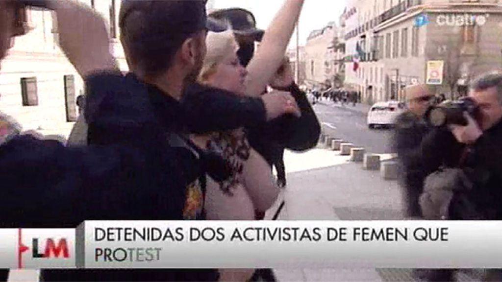 Detenidas dos activistas de Femen a las puertas del Congreso