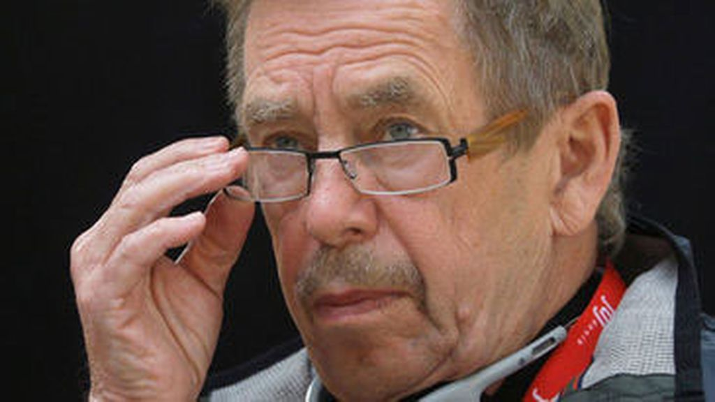 Havel se convirtió en el primer presidente de Checoslovaquia tras la caída del comunismo en 1989.