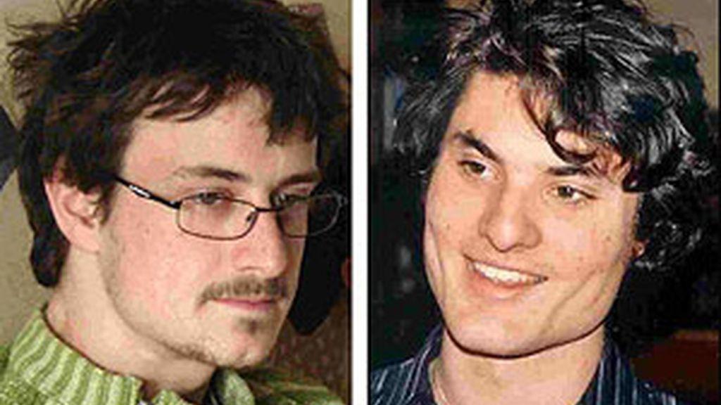 Los dos estudiantes franceses asesinados: Laurent Bonomo y Gabriel Ferez. Foto: AP.