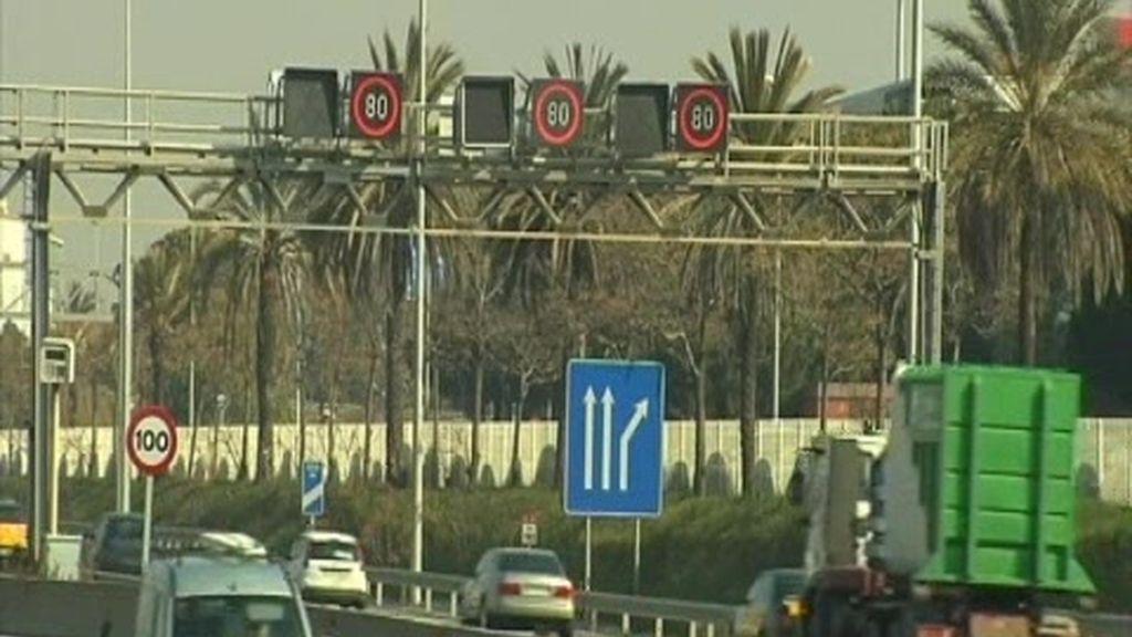 El anticiclón retrasa ir a más de 80 km/h en los accesos a Barcelona