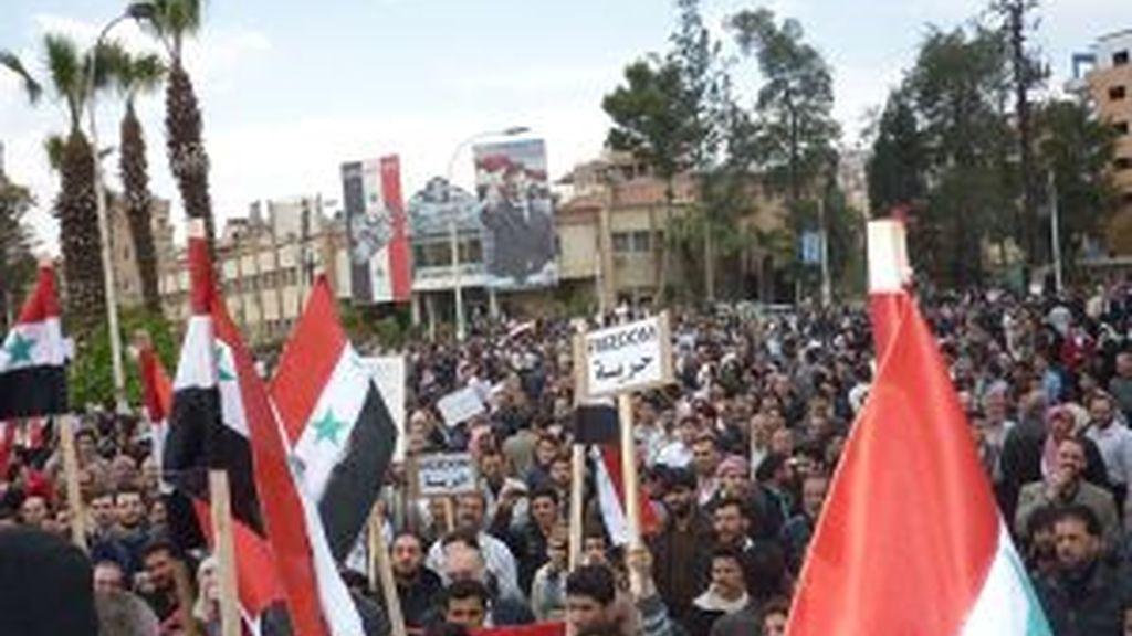 El pueblo sirio protesta. Foto: EFE.