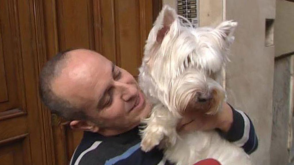 Víctor se reencuentra con su perro... pero Nou no le reconoce y pasa de él