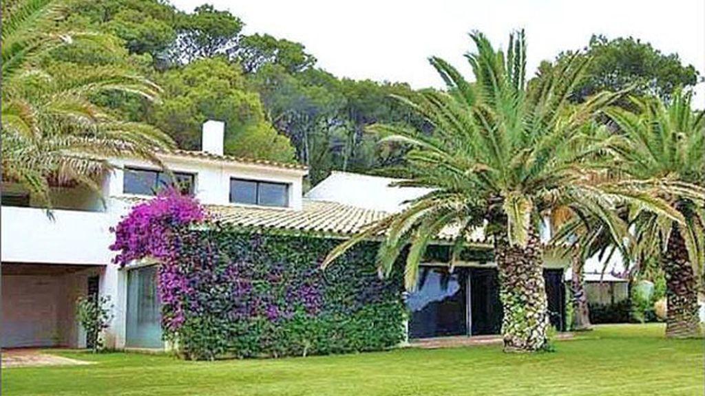 En Begur, Girona. 12.000.000 euros