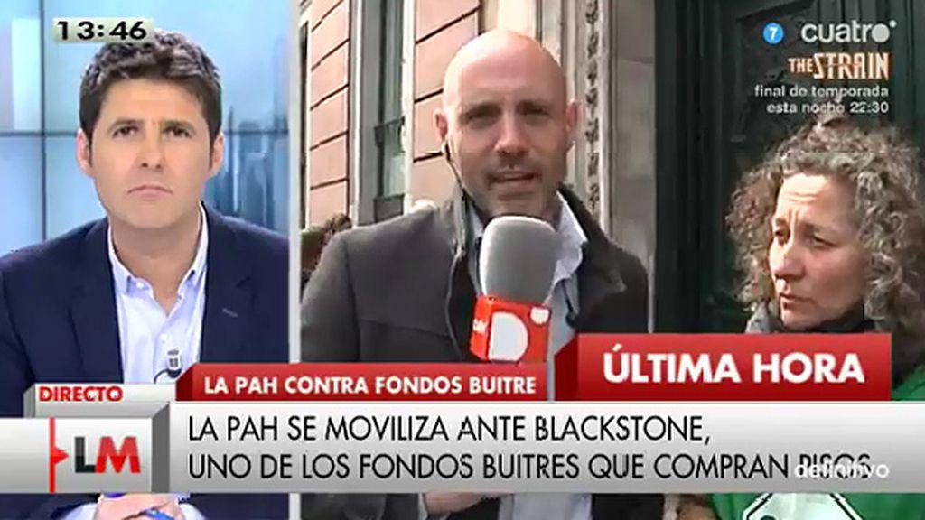 La PAH se moviliza ante Blackstone, uno de los fondos buitres que compran pisos