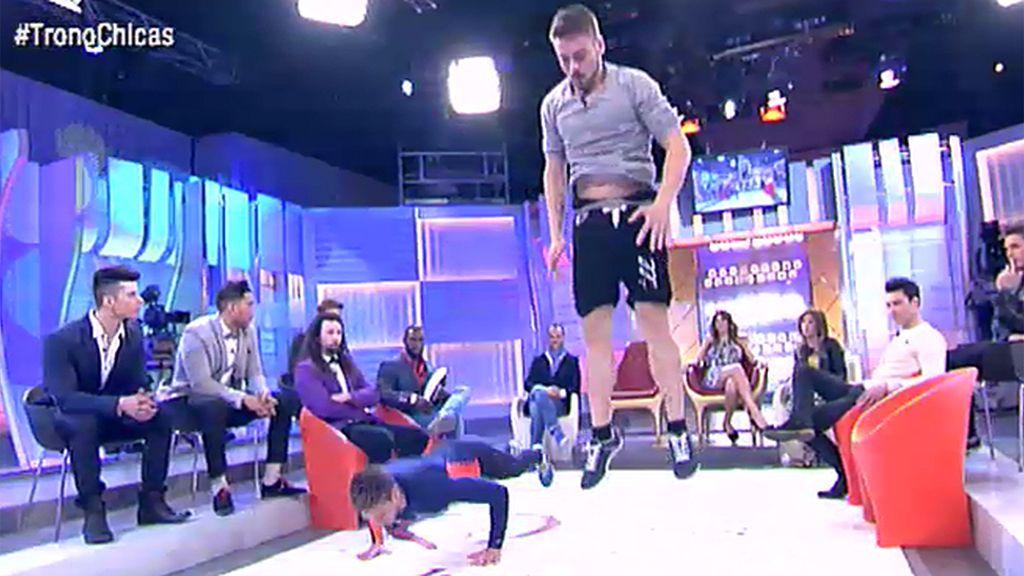 Rafa reta a Rubén a saltos de rana