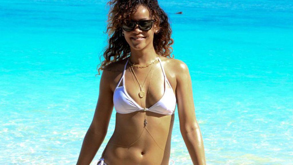 Rihanna es el mejor paparazzi de Rihanna