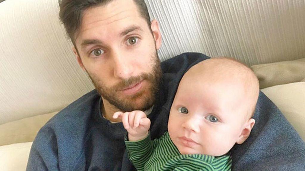 """Un ratito con papá antes del partido de hoy...😍😍😍"", escribe Helen"