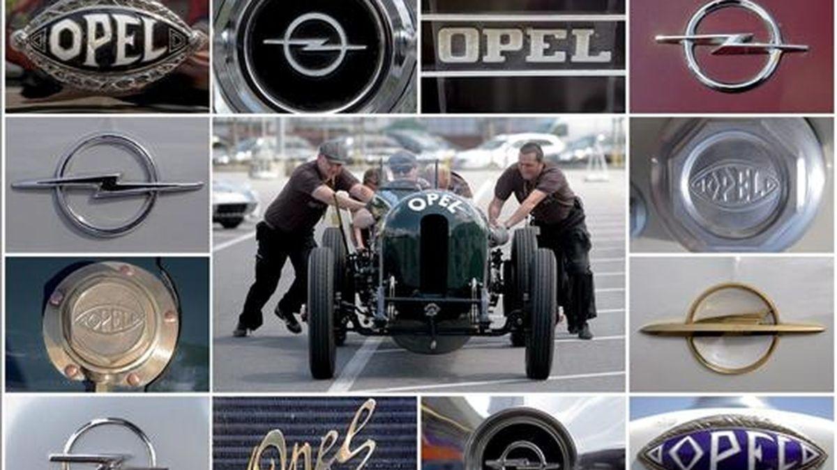 Combo con los diferentes logotipos que Opel ha tenido a lo largo de su historia. En el centro una imagen de un coche histórico durante una concentración de amantes de estos vehículos, en Ruesslsheim, Alemania. EFE/Archivo