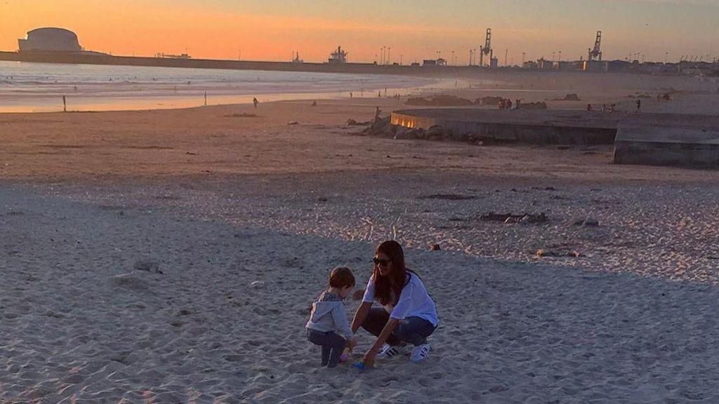Iker Casillas presume en las redes de día de playa con Sara Carbonero y su hijo Martín