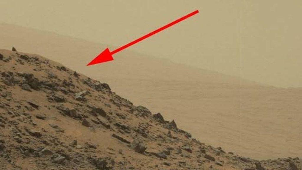 Revelan el origen de la pirámide detectada en Marte por el Curiosity