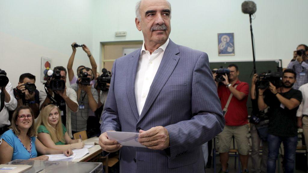 """Meimarakis confía en que los griegos quieran """"librarse de las mentiras"""" de Syriza"""