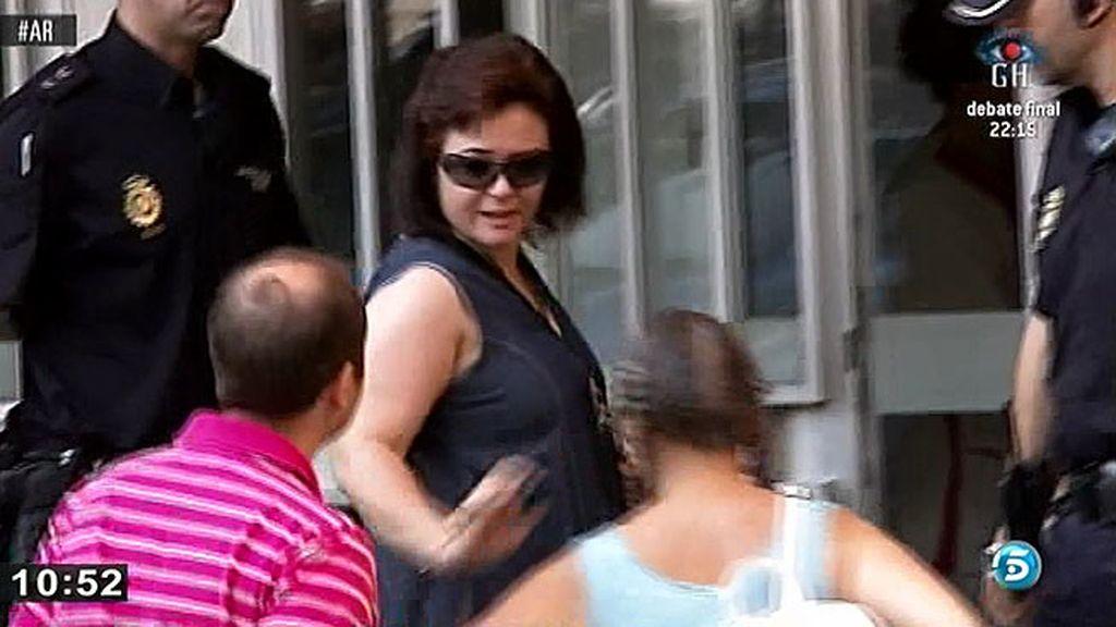 Ruth Ortiz sigue la sesión del juicio en una sala anexa a la sala de prensa
