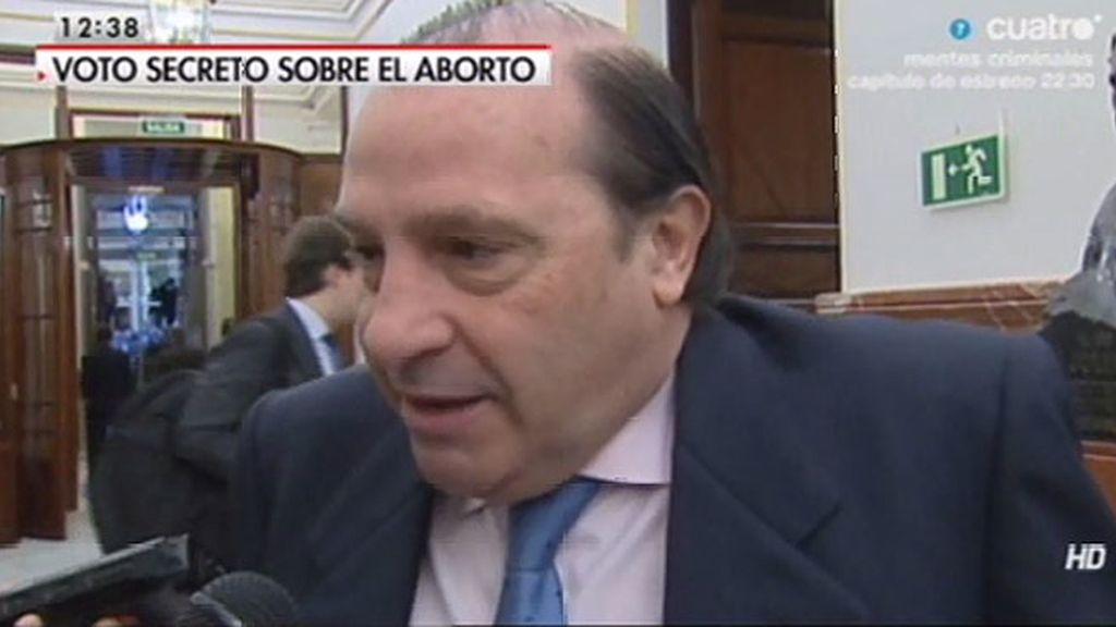 """Martínez - Pujalte: """"El PP no es una religión como el PSOE"""""""
