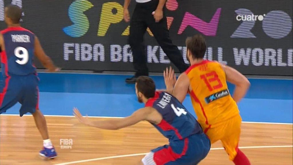 Marc Gasol demuestra su fuerza defensiva: tapón para enmarcar a Ajinça