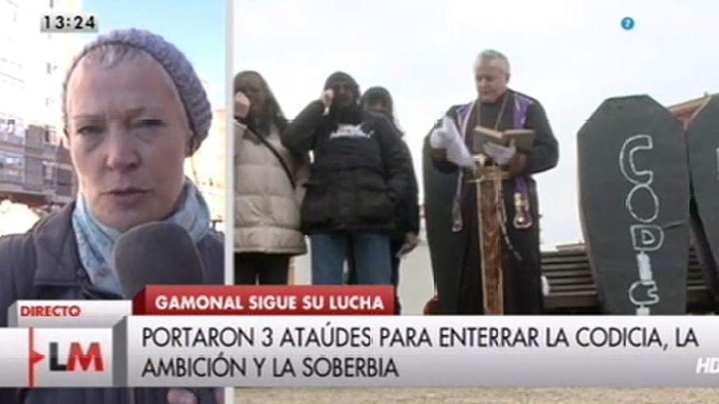 Los vecinos de Gamonal celebraron el 'entierro' simbólico de la codicia