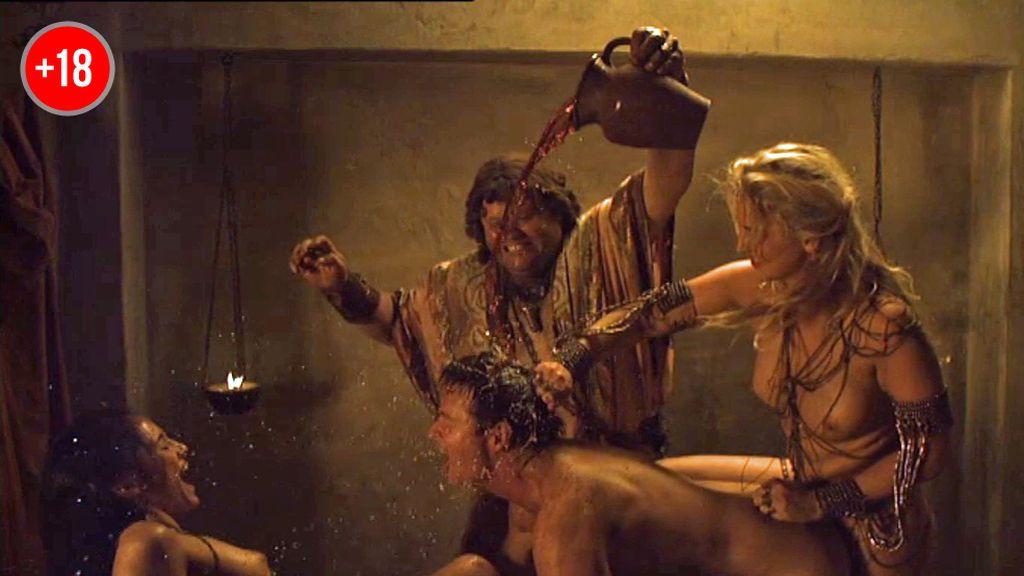 Crixus busca su venganza en un prostíbulo romano
