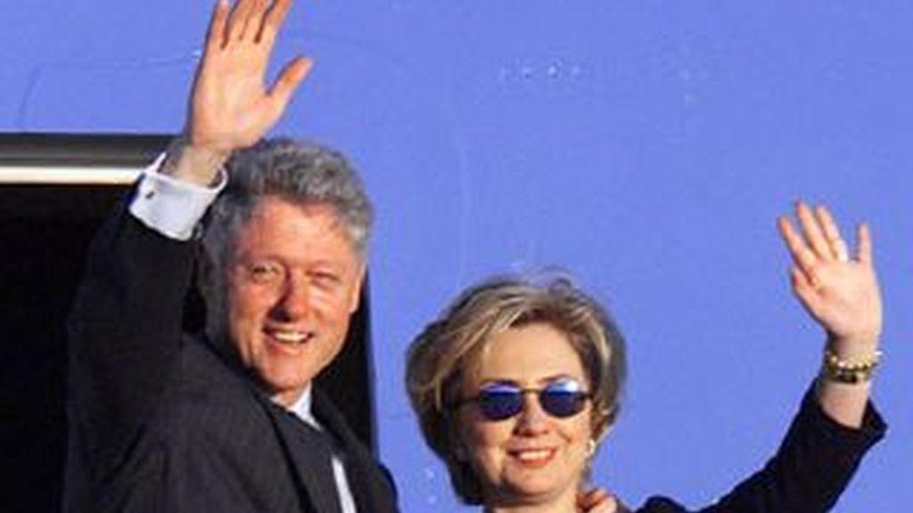 Con cinco dólares puedes pasar un día con Bill Clinton. Una idea para que Hillary Clinton pueda pagar sus deudas. Foto de archivo
