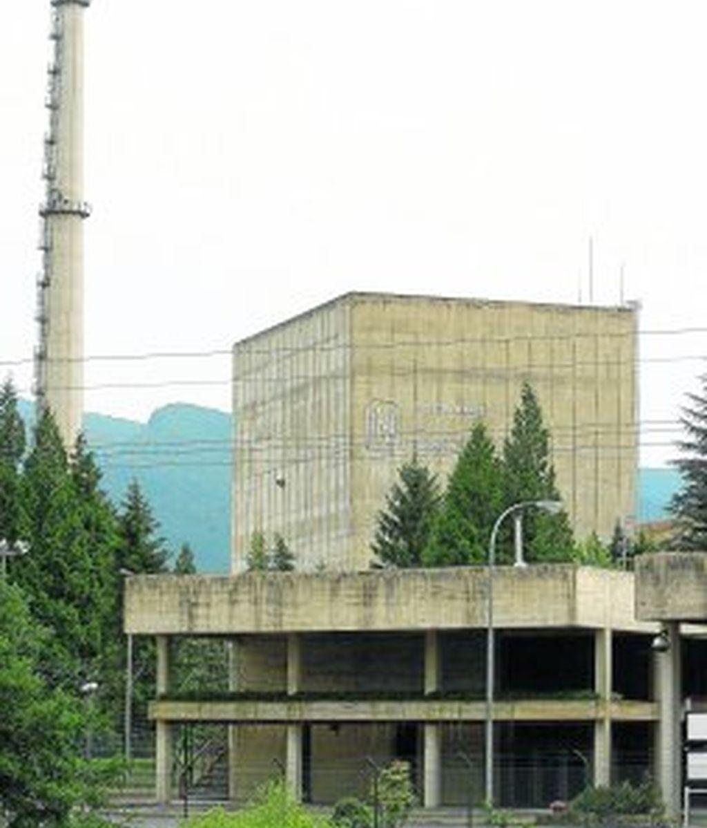 Imagen del exterior de la central nuclear de Garoña. Foto: EFE.