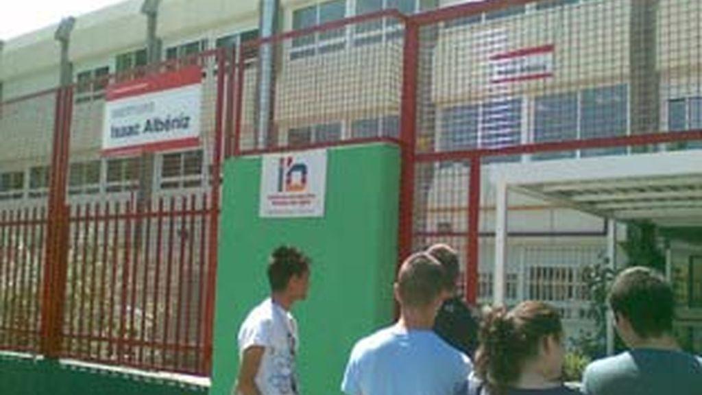 Los padres del instituto de Leganés, indignados. Vídeo: Informativos Telecinco.