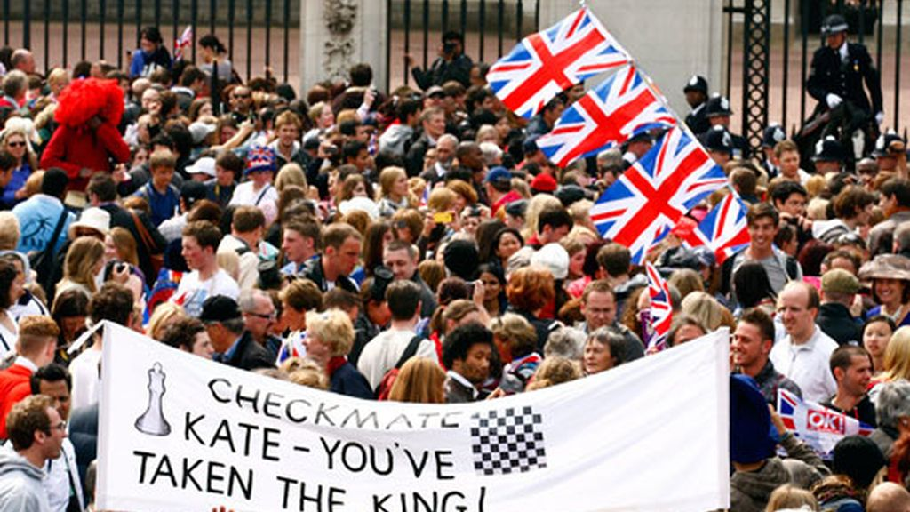 Poco más de un centenar de personas fueron detenidas por altercados menores. Foto: EFE.