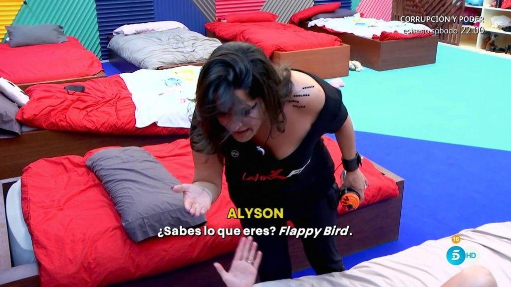 "Alyson, a Aída Nízar: ""Eres 'flappy bird"""