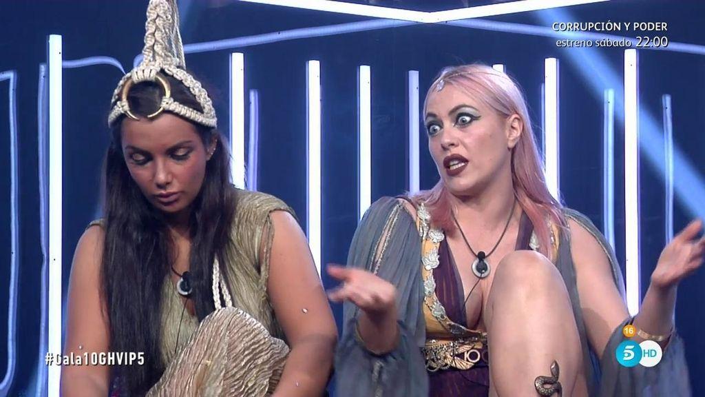 """Daniela, tras ver vídeos de Elettra hablando de ella: """"Tú también haces la puerca"""""""