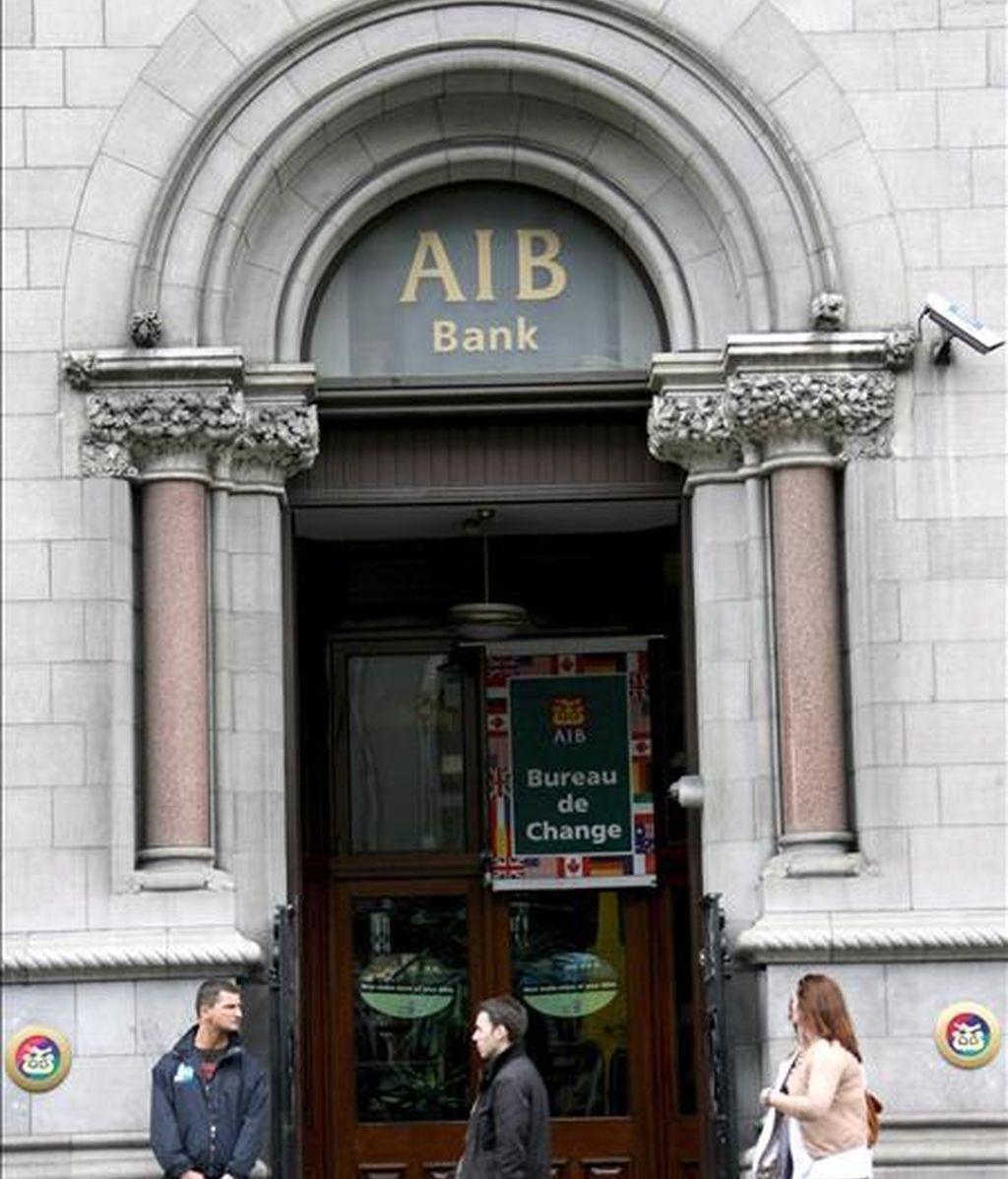 En la imagen, sede del Anglo Irish Bank (AIB) en Dublín (Irlanda). EFE/Archivo
